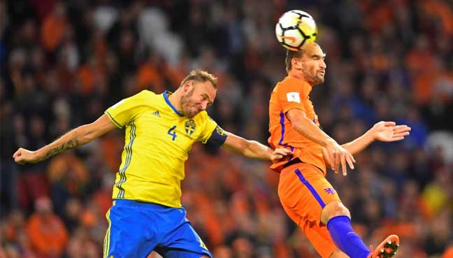 Playoff-bound Sweden lose as Robben signs off in style for ...
