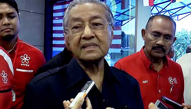 Mahathir: Umno song in school like a country under dictatorship
