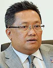 I am more inclined to believe Peter, says Rahman Dahlan.