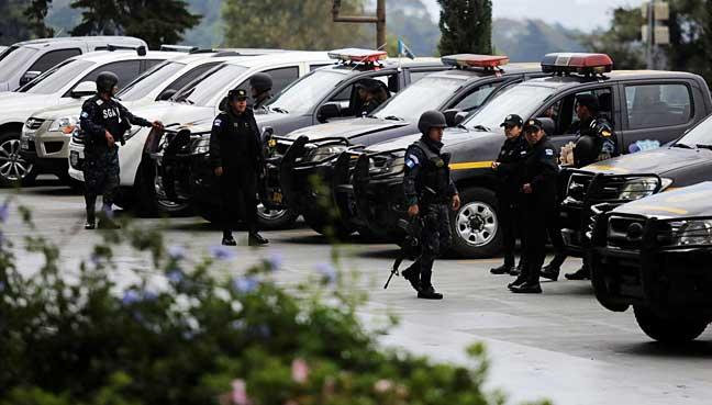 Guatemala-prosecutors-raid