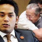 Khairy-Jamaluddin-Tun-Dr-Mahathir-Mohamad-peluk-pengawal-peribadi