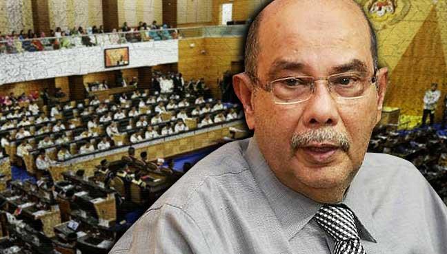 Dr Mahathir biarkan skandal BMF dan dagangan mata wang asing dibincang walaupun menggugat pentadbirannya.
