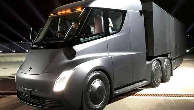 Tesla Prices Semi At $150000