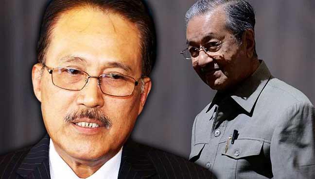 "Nasrun-Mansur-mahathir""  <p> Nasrun Mansur。</p> </div> <p> KOTA KINABALU:沙巴巫统领导人警告说,允许前总理马哈蒂尔·穆罕默德再次就职,将马上向马来西亚倒退</p> <p> Silam MP Nasrun Mansur说,马来西亚总理长达22年之久的马哈蒂尔,如果人民认真想要进步,就不能回国掌舵国家</p> <p>""为了避免这种情况,我们必须确保国阵在下次选举中重掌权力</p> <p>他说:""这是我们推动国家前进,继续推进政府发展议程的唯一途径。""他对格林纳丁斯说,</p> <p>纳斯鲁恩也是联邦副州级工业和商品部长,他嘲笑马哈蒂尔应当成为总理,不管在选举中赢得多少席位。</p> <p>他说这个建议太过于PPBM在民联Harapan(PH)的盟友,即DAP和PKR。</p> <p>马哈蒂尔的儿子穆克里兹星期六在PPBM AGM的讲话中表示,马哈迪应该成为总理,因为马哈迪是这个职位的最佳候选人,因为他受到人民的欢迎</p> <p>沙巴社区发展与消费者事务部长艾哈迈德·艾依德认为,沙巴人和砂拉越人有幸纳吉为总理,因为他与马哈蒂尔二十二年相比,已经做了九年多了</p> <p>""我们过去被忽视,在发展方面落后了</p> <p>""但是现在我们可以亲眼看到联邦政府在泛太平洋高速公路等Najib下为沙巴州带来的发展,以及像1Azam,学校援助,BR1M等社会项目。""她说。 </p> <p> Karambunai女议员也认为,92岁的马哈蒂尔不应该因为他的年龄再次成为总理,更重要的是因为他的决定。</p> <p>例如,她说已经显示,这位资深政治家不断根据自己的个人偏好做出决定,而不是为了更好的利益。</p> <p>相反,她说纳吉作为一个政治家,已经一次又一次地证明自己是一个乐于倾听人民的领袖,随时准备帮助他们</p> <p>""马哈蒂尔做了很多让纳吉布难堪的事情,并在人民中引起仇恨。但马哈蒂尔现在必须明白,他的时间已经过去了。</p> <p>她说:""他现在应该给纳吉布机会领导这个国家的领导。""</p> <blockquote data-secret="