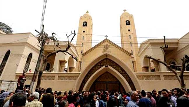 Hundreds attack church in Egypt