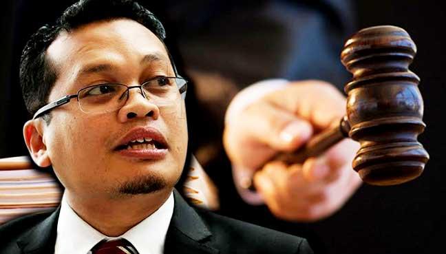 Court awards Nik Nazmi RM230,000 for malicious prosecution