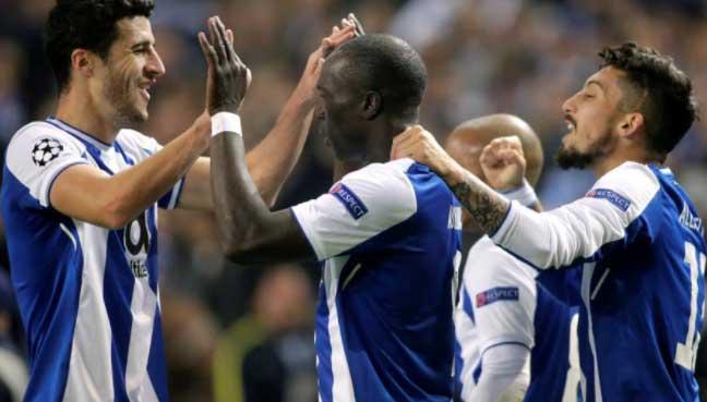 Aboubakar brace secure Porto's last 16 spot