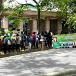 Thirty-five poor families from Cameron Highlands outside the PM's office in Putrajaya to demand to meet Prime Minister Najib Razak to air their grouses about not getting affordable housing.