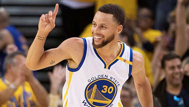 Curry-James-lead-fan-voting-for-All-Star-game