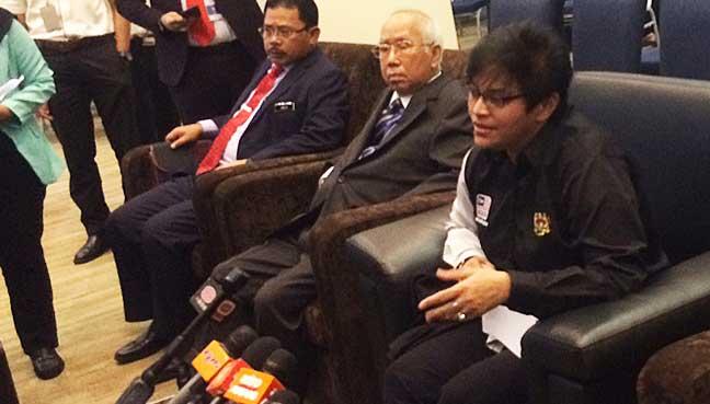 Menteri di Jabatan Perdana Menteri, Datuk Seri Azalina Othman Said pada sidang medianya di Majlis Lawatan Rasmi di Wisma Amanah Raya, Jalan Ampang.