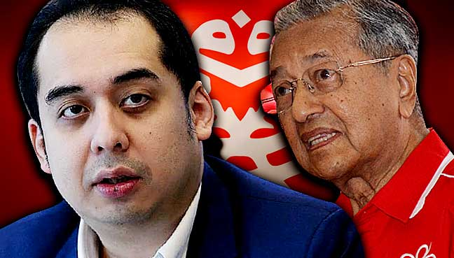 Razak wanted Dr M to strengthen Umno, not destroy it, says Najib's son