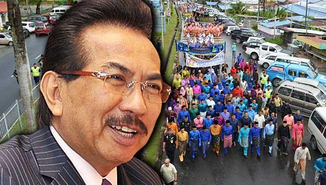Musa leads the 6,000-strong Maulidur Rasul procession in Sandakan.