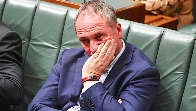 One must go: Labor condemns PM, Joyce spat