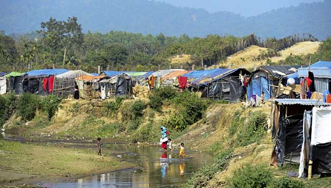 Bangladesh gives names to Burma to begin Rohingya repatriation