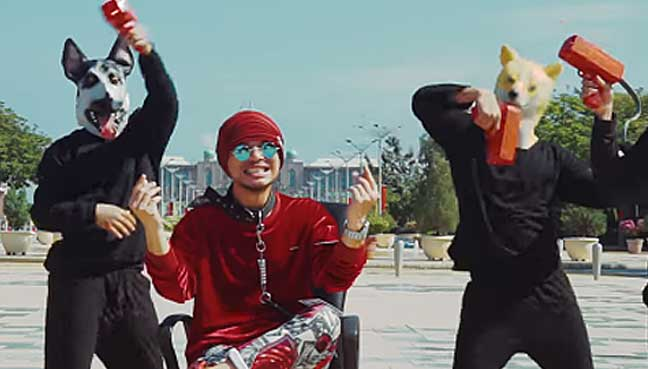 Namewee-says-video-is-just-for-entertainment
