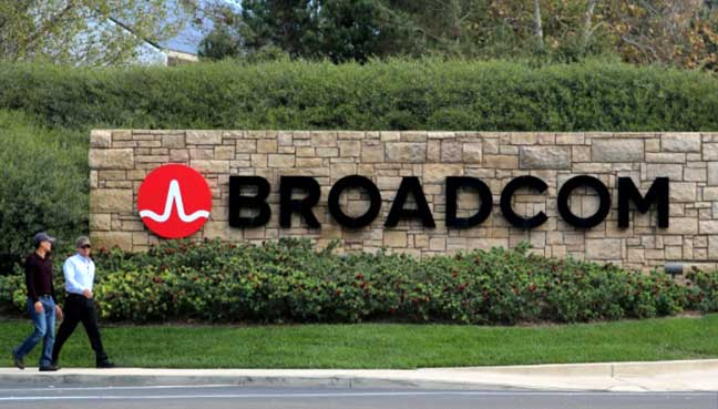 Qualcomm Offers Talks with Broadcom, Which Rejects Overture as 'Theater'