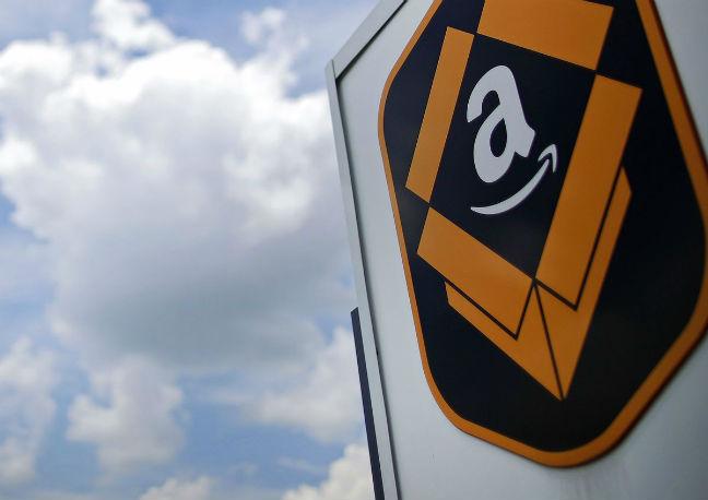USA prez Trump steps up attacks on Amazon