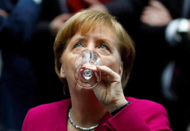 ANGELA MERKEL CELEBRATING THE PARTY ELECTIONS REUTERS