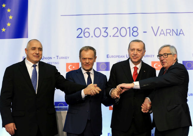 European Union and Turkey summit produces commitment to keep talking
