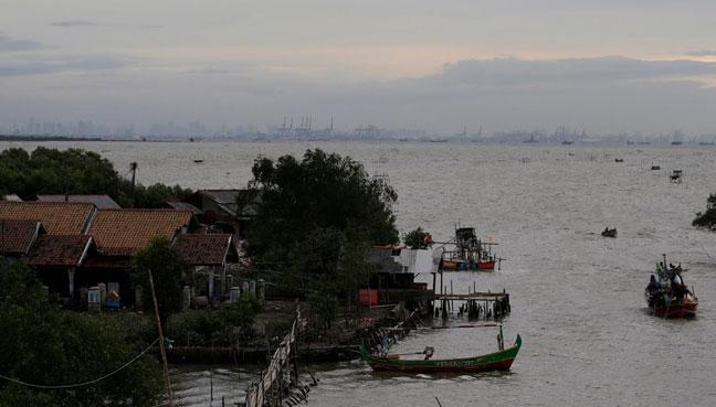 INDONESIA-SINKING-SHORELINE-JAVA-ISLAND-REUTERS