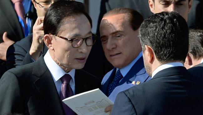 Korea prosecutors summon ex-President Lee over bribery