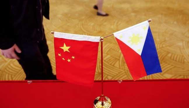 Philippines' Duterte warns against co-operation in drug war probe