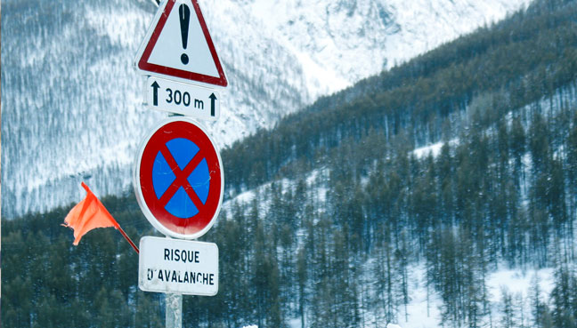 Four people killed in avalanche in the Alps