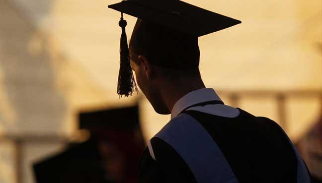 graduate-afp