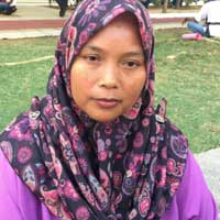 Siti Jarinah Mohd Jajulu, 36, lives in fear of being told to leave the estate.