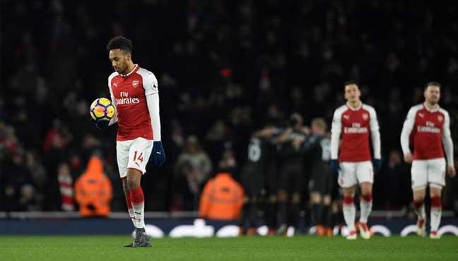 Arsene Wenger: 'Manchester City took advantage of Arsenal's lack of confidence'