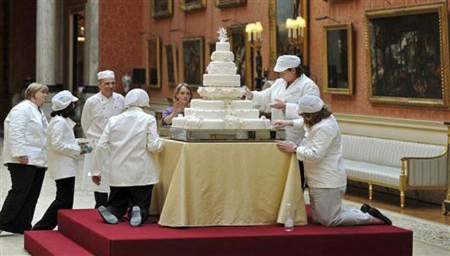 Prince Harry, Markle choose wedding cake