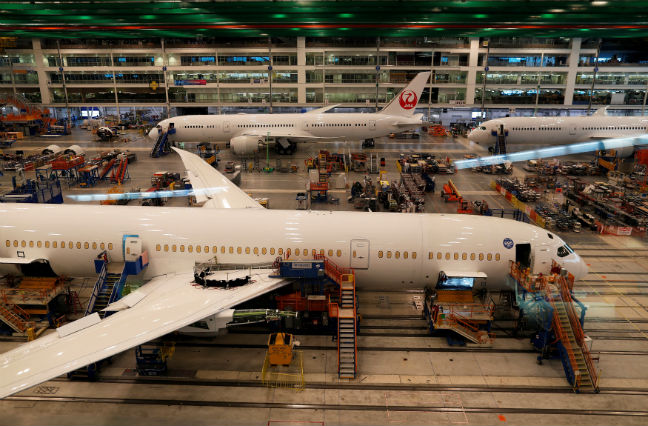 Boeing nabs US$12.3 billion American Air deal for 47 Dreamliners