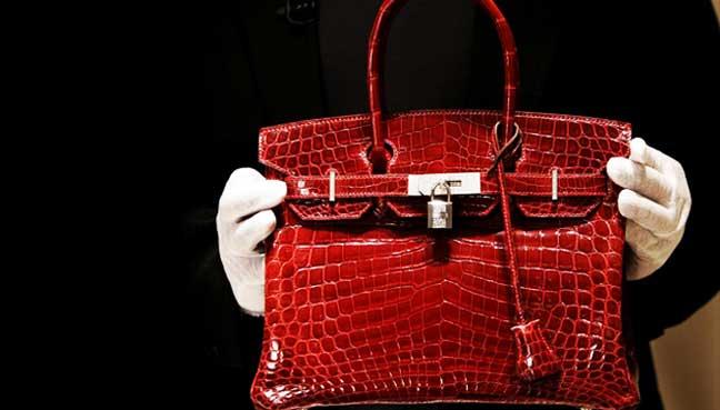 e8062b4a3662 Beg tangan Hermes Birkin bukan setakat simbol status golongan kaya dan  terkenal. (Gambar Bloomberg)