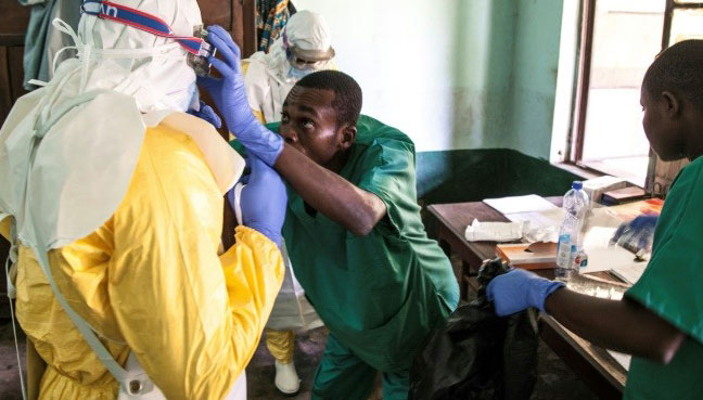 DR Congo begins vaccination as nurse succumbs to Ebola