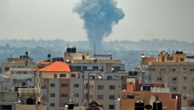 Israeli army kills two militants in Gaza border shelling: Medics