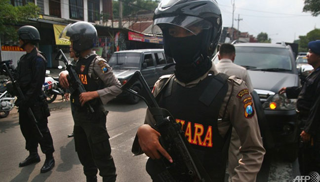 Riau Police HQ Attacked by Unidentified Men