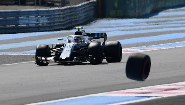 F1: Daniel Ricciardo gets huge offer to join McLaren