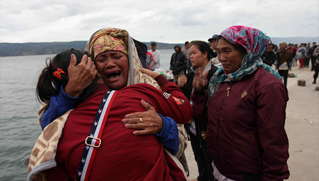 Ferry carrying 80 sinks in Indonesia's Lake Toba
