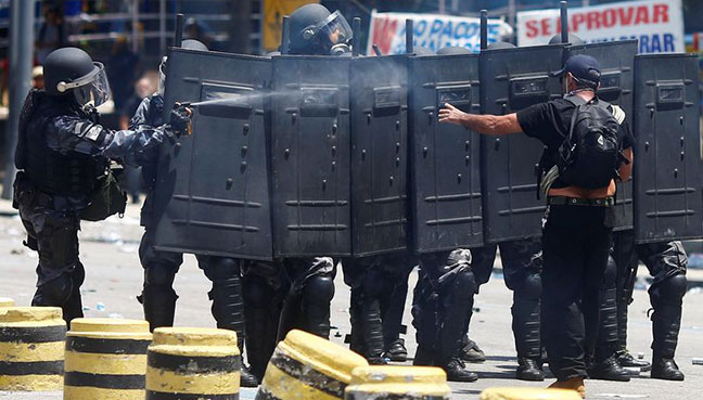 Brazil police arrest 'Dr Bumbum' over patient's death