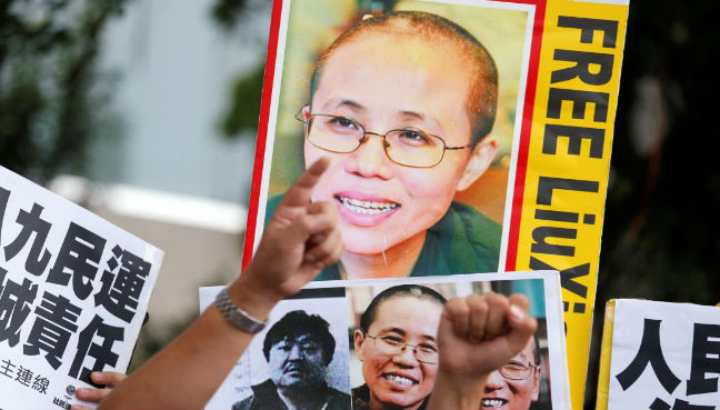 Widow of Chinese Nobel dissident Liu Xiaobo arrives in Berlin