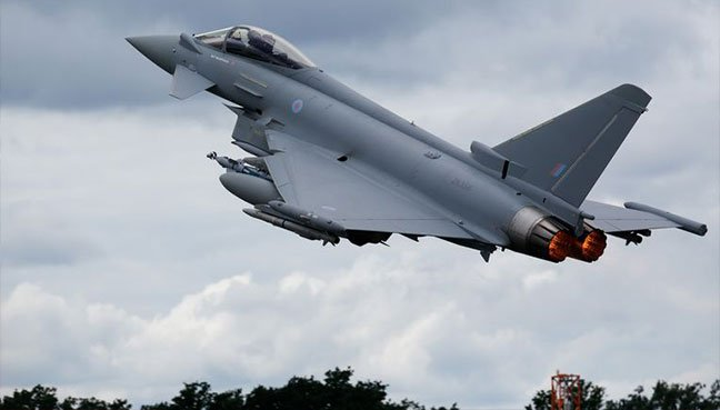 Britain to unveil model of planned new fighter jet