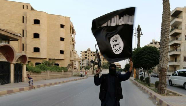UK 'will not block death penalty' for IS captives