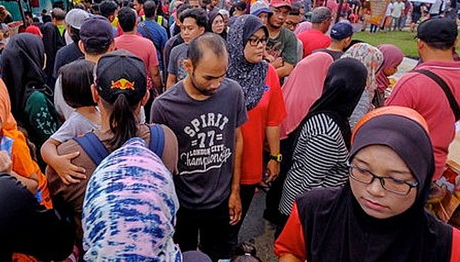 Do Malays want to be Malaysians?