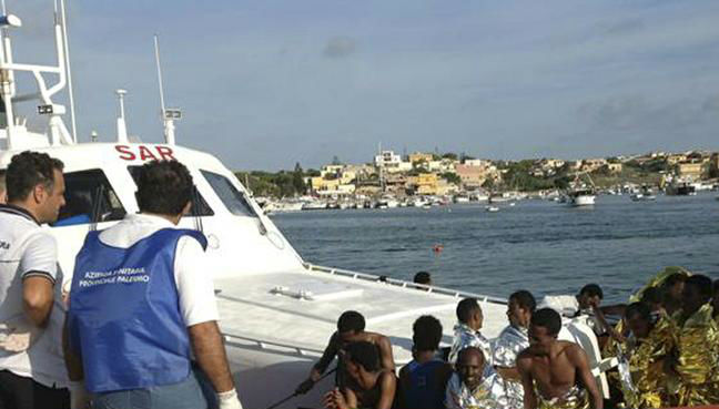 Spain rescues 1,200 migrants off coast over two days
