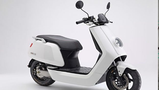 A Niu Electric Scooter Bloomberg Pic