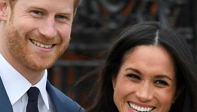 Prince Harry & Meghan visit Nelson Mandela tribute in London