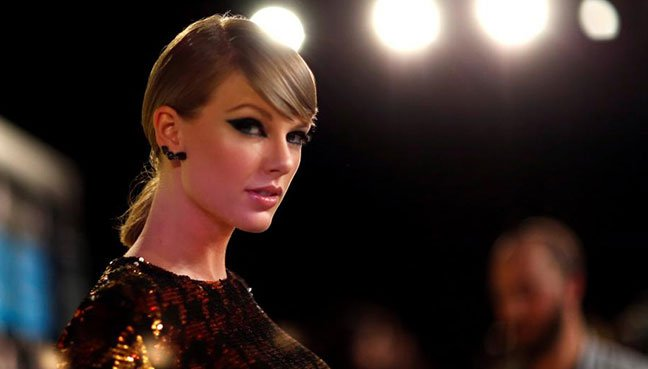Taylor Swift cast in movie version of Cats