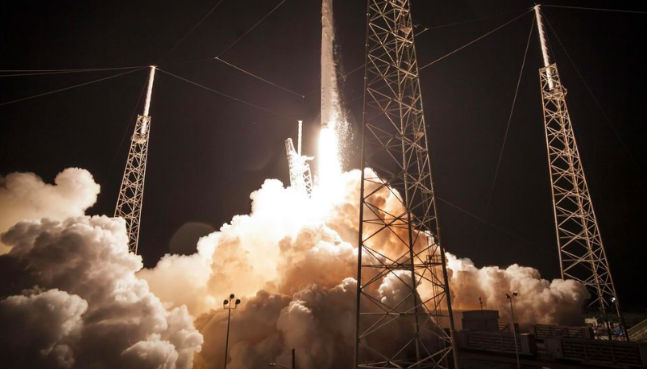 Rookies to hitch rides on SpaceX, Boeing's first crewed flights