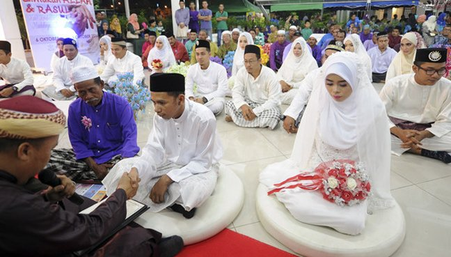 Selangor to raise minimum age for marriage for Muslim women