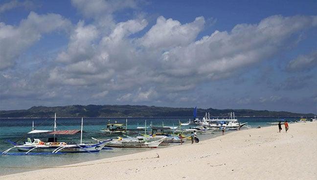 Philippine economic growth slows, dragged by Boracay shutdown   Free